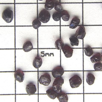 SPI Supplies Brand Standards For Microanalysis Mineral CMTaylor Pyrope Garnet Unmounted Loose Grain
