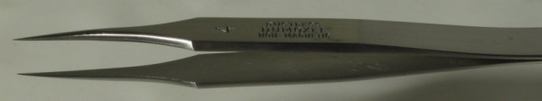 Dumont Dumoxel Style #4 Tweezer, High Precision Tips, Antimagnetic Stainless Steel, 110 mm